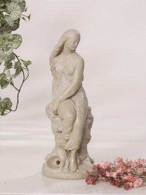 Statue de jardin de Claire
