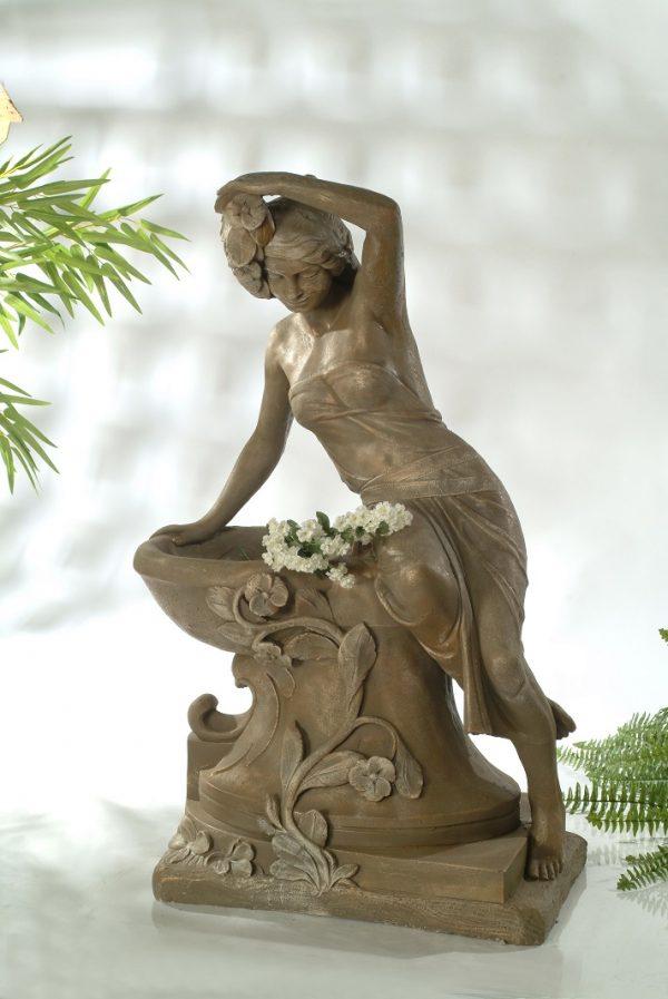 Statue de jardin de Rosalie