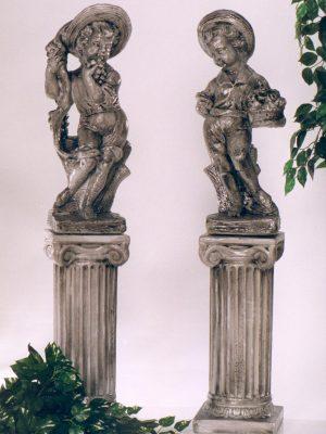 Colonnes avec statues d'enfants