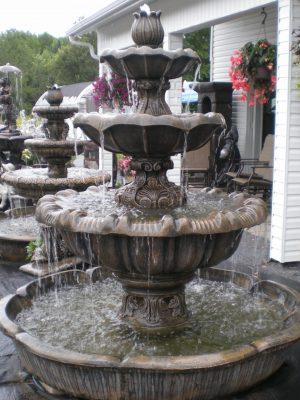 Fontaine 3 étages tulipe avec bassin