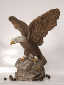 Statue de jardin aigle