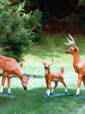 Statues de jardin de famille de chevreuils