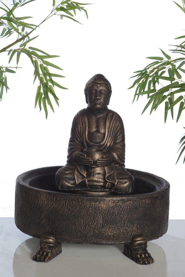 Fontaine de bouddha assit