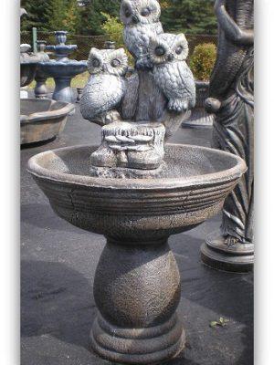 Fontaine avec 3 hiboux