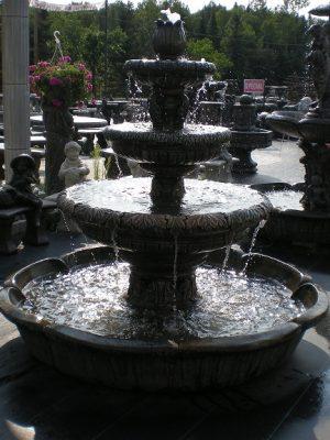 Fontaines, colonnes et statues