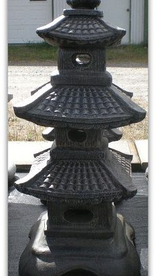 Ornement de jardin lanterne pagode