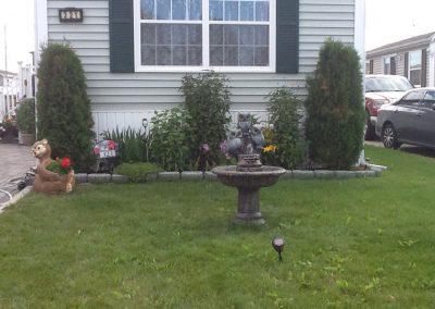 Fontaine avec trio de hibous