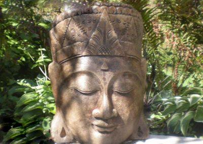 Sculpture de tête de femme orientale