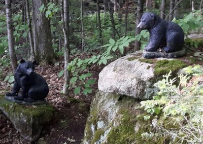 Duo de sculptures d'oursons